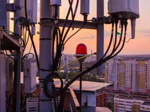 Fiber to the Antenna (FTTA) and Optical Distributed Antenna Systems (DAS) Networks