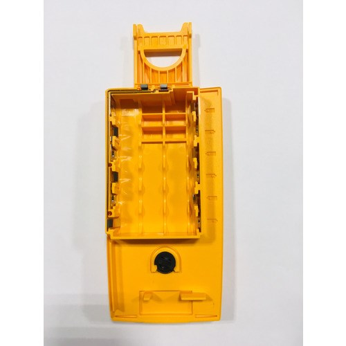 Fluke 2824477 FLUKE-28X-2019 BATTERY DOOR ASSY FLUKE